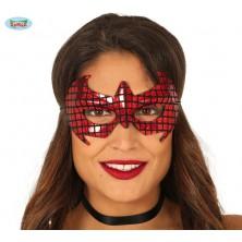 Červená pavoučí maska